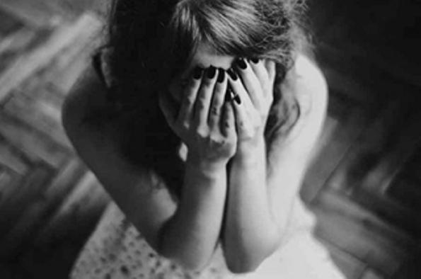 Молодой человек обвиняется в изнасиловании девочки