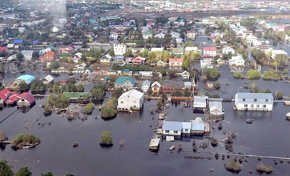 2000 пострадавших от потопа получили выплаты за утрату имущества