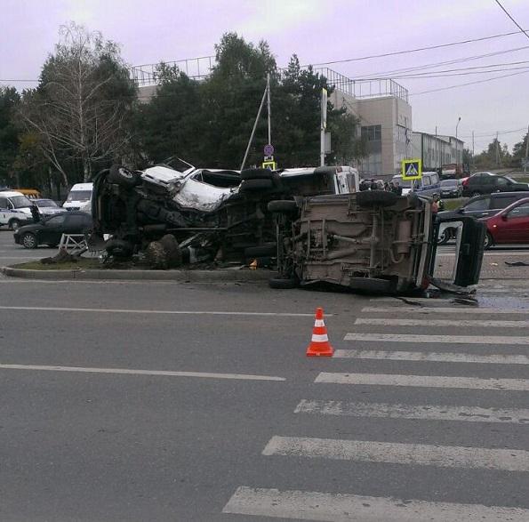 В Ставрополе погоня за нарушителем закончилась ДТП с двумя погибшими