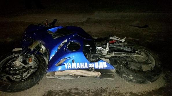 В городе Ессентуки погиб мотоциклист в после столкновения с легковушкой