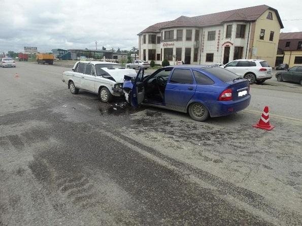 В Нефтекумском районе произошло лобовое столкновение автомобилей