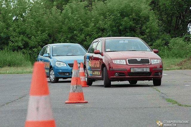 С 11 августа вступит в силу новая программа обучения водителей