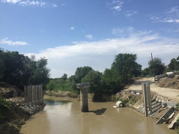 Федеральные дорожники досрочно отремонтируют мост через реку Кума