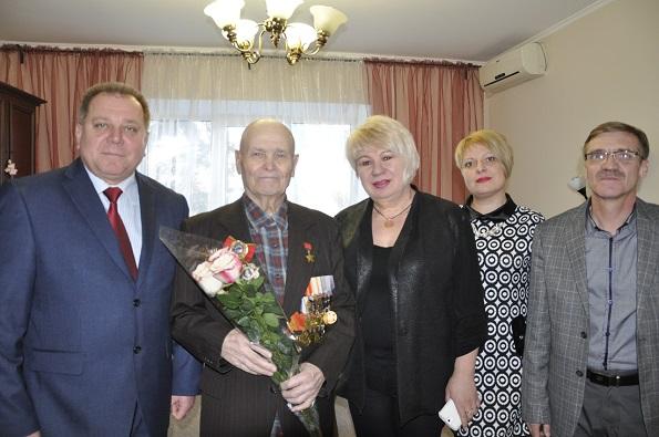 Героев Отечества поздравили в Ставрополе