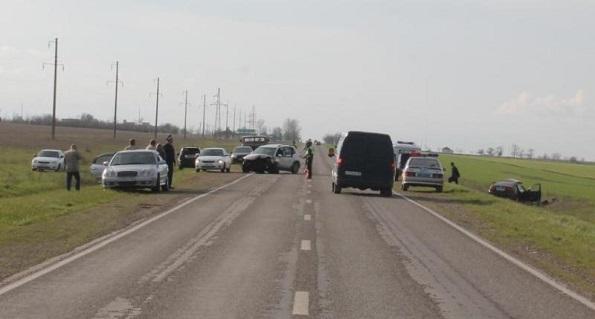 В Новоселицком районе в автоаварии погиб 45-летний мужчина