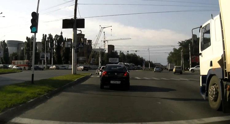Перекресток улиц Кулакова-Ленина в городе Ставрополе