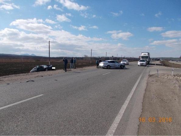 ДТП на 343 км ФАД «Кавказ» с «Форд Фокус» и «Лада Приора»