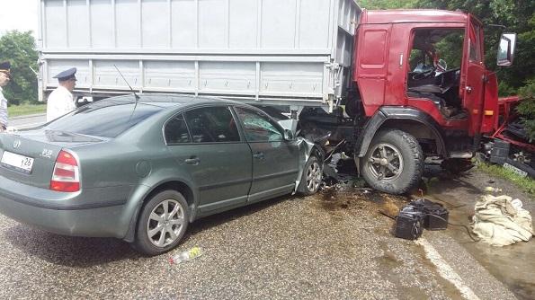 В Минераловодском районе в ДТП 2 человека погибли и 4 получили травмы