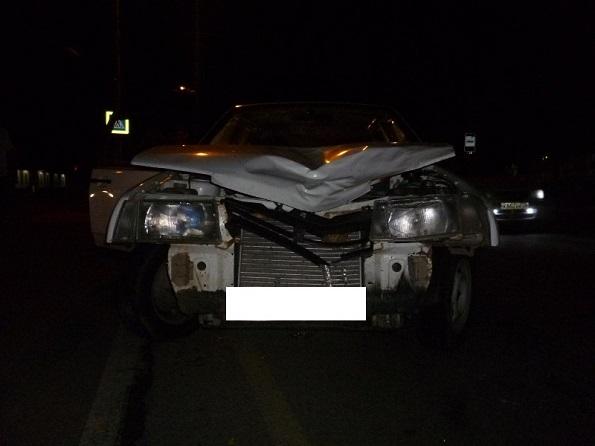 В Невинномысске водитель легкового автомобиля сбил женщину с ребенком