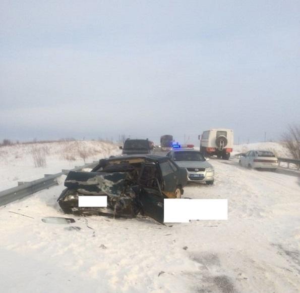 Один человек погиб и пять пострадали в ДТП в Изобильненском районе