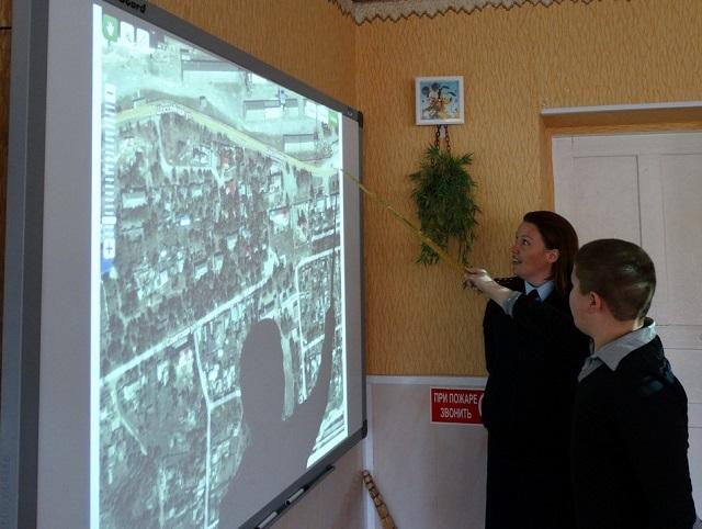 Ставропольские школьники фиксируют дорожные ловушки с помощью спутника