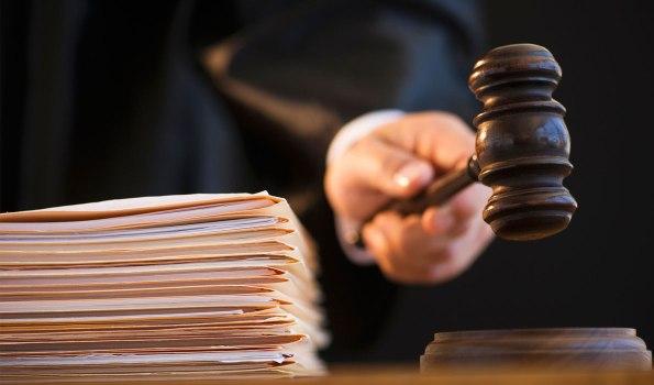 Экс-глава Минобразования СК осужден на 7,5 лет за взятку