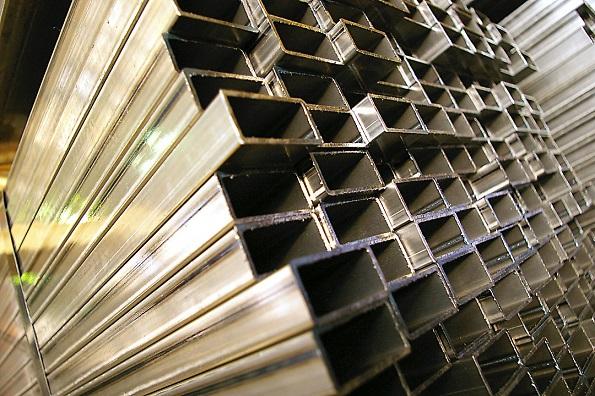 Металлопрокат: Профильные трубы в частном подворье