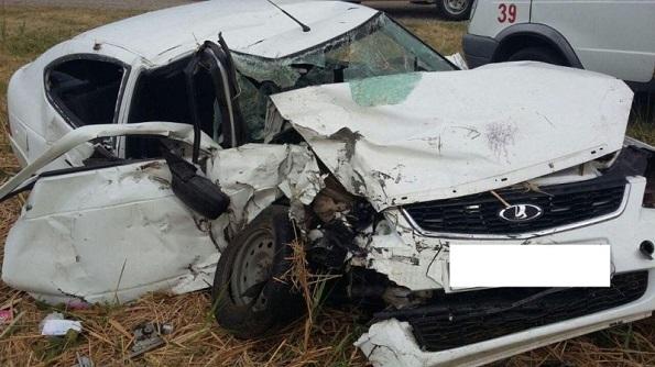 В Шпаковском районе в ДТП 2 человека погибли и 5 ранены
