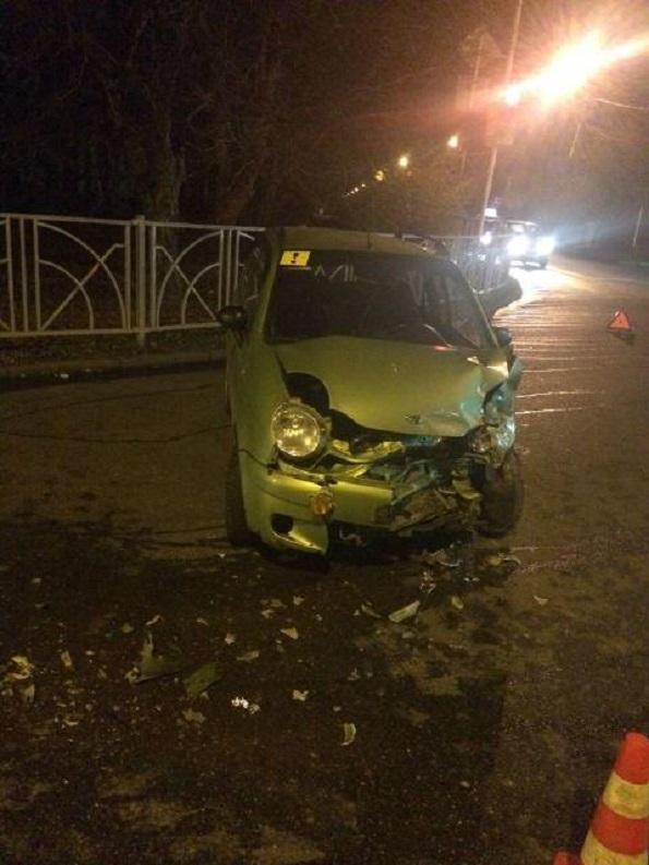 В Ставрополе в ДТП пострадала девушка-водитель на «Дэу Матис»
