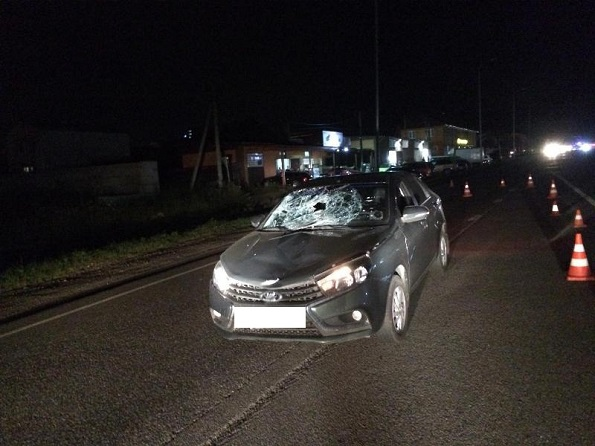 Вблизи города Железноводска водитель легкового авто насмерть сбил пешехода