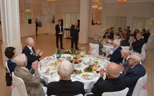 Глава администрации Ставрополя поздравил ветеранов с Днем города и края