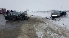 Вблизи села Татарка произошло лобовое столкновение двух иномарок