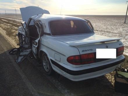 В Туркменском районе у грузовика оторвалось колесо и повредило встречное авто