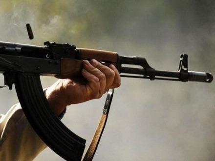 В Шпаковском районе на 23 сентября дед расстрелял троих мужчин из автомата