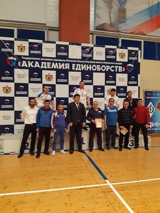 Таулан Лайпанов завоевал первое место в борьбе на поясах